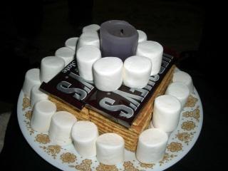 birthday cake smores